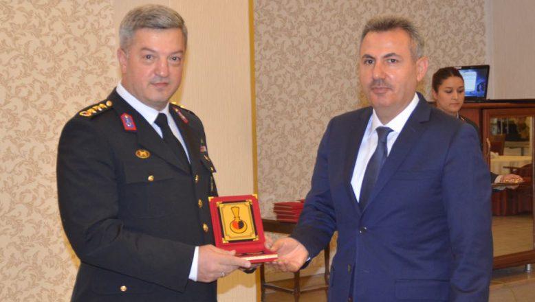 Ağrı Valisi Elban Askeri Personelin Rütbe Terfi Törenine Katıldı