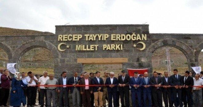 Doğubayazıt'ta Bölgenin En Büyük Parkı Açıldı