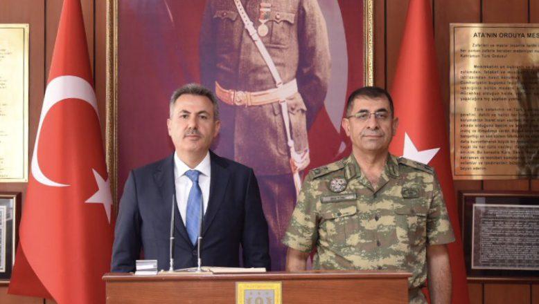 Ağrı Valisi Elban'dan Tuğgeneral Metin'e Ziyaret