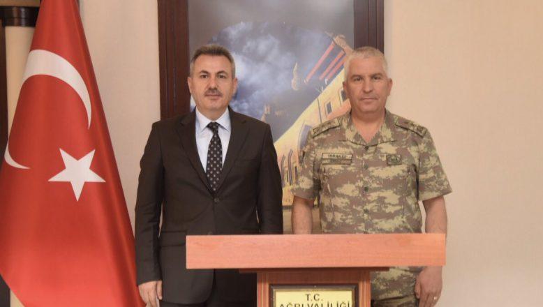 Tümgeneral Tarakçı'dan,Vali Elban'a Ziyaret