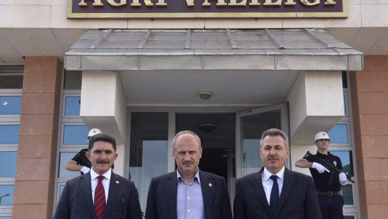 Ulaştıma Ve Altyapı Bakanı Turhan Ağrı Valiliğini Ziyaret Etti