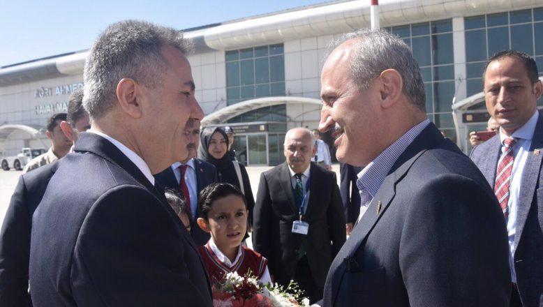Ulaştırma ve Altyapı Bakanı Mehmet Cahit Turhan Ağrı'da