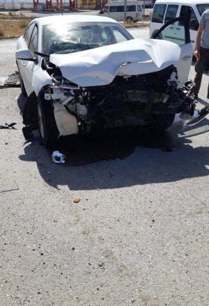Ağrı-Doğubayazıt'ta İki Araç Çarpıştı 2 Kişi Yaralandı