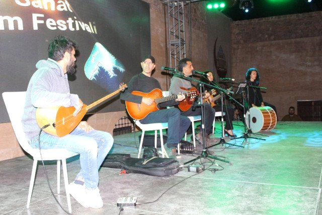 2'nci Ahmed-i Hani Festivali Grup Abdal İle Coştu