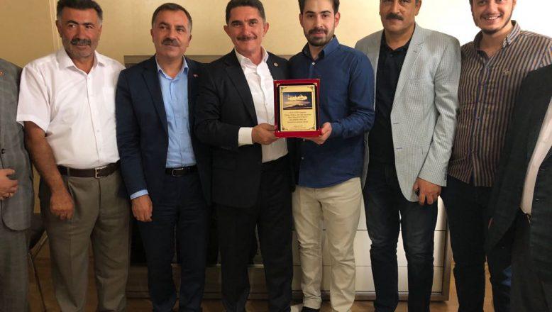 Çelebi,  KPSS Türkiye Birincisini  Ziyaret Etti