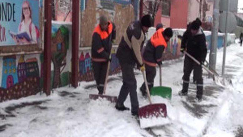 Ağrı-Doğubayazıt'ta Yoğun Kar Yağışı