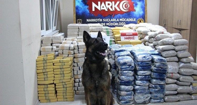 Bakan Soylu,1 Ton 271 Kilo Uyuşturucu Yakalandı