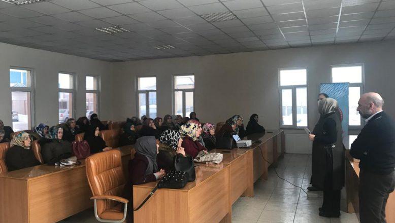 Ağrı Belediyesinden Kadınlara yönelik Kooperatifçilik Semineri