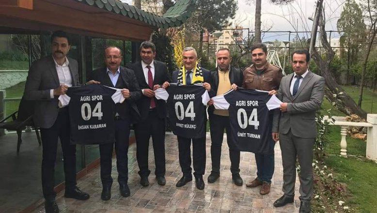 Ağrıspor Yönetimi Siirt Valisi Atik İle Bir Araya Geldiler