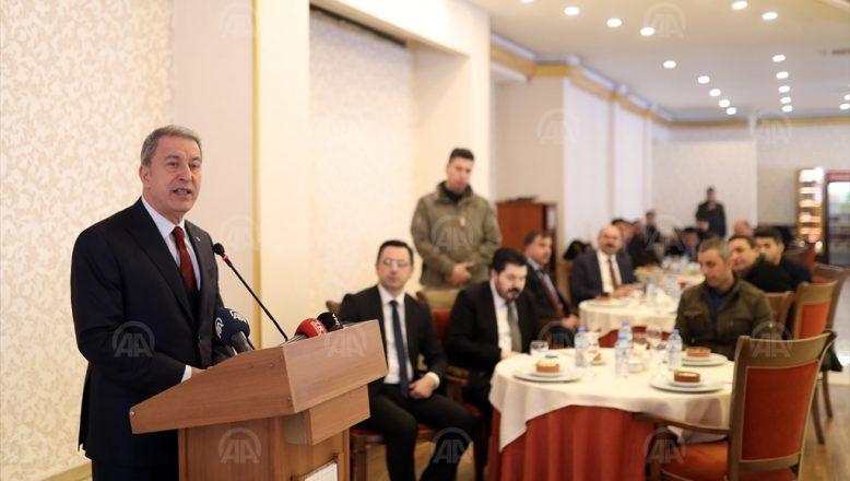 Milli Savunma Bakanı Akar Ağrı'da; Kürtler Türkler kardeştir et ve tırnak gibidir