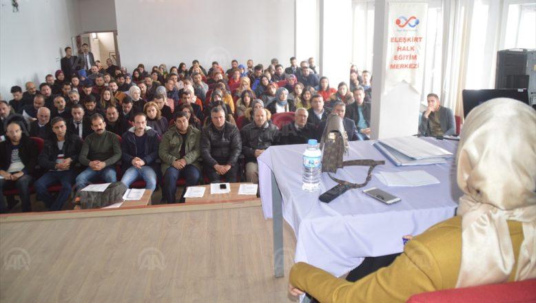 Eleşkirt'te Sandık Başkanlarına Seminer Verildi