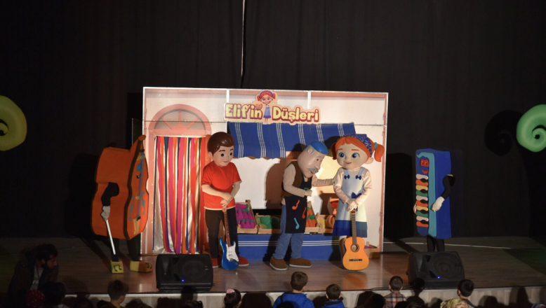 Elif'in Düşleri Müzikali Çocukları Eğlendirdi