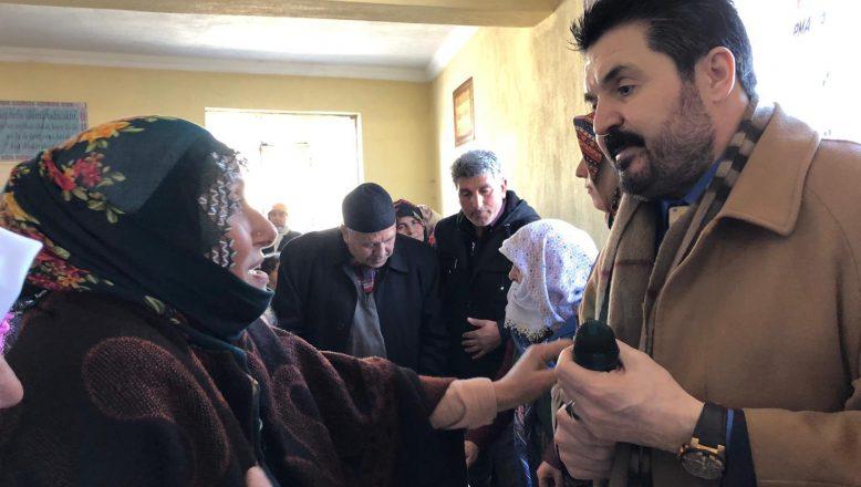 Savcı Sayan'ı  Ağrı'lı Analar Bağrına Bastı