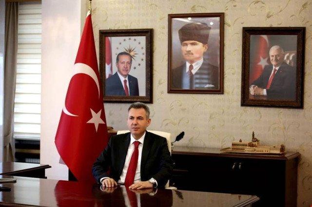 Vali Elban 18 Mart Şehitler Günü Nedeniyle  Bir Mesaj Yayımladı
