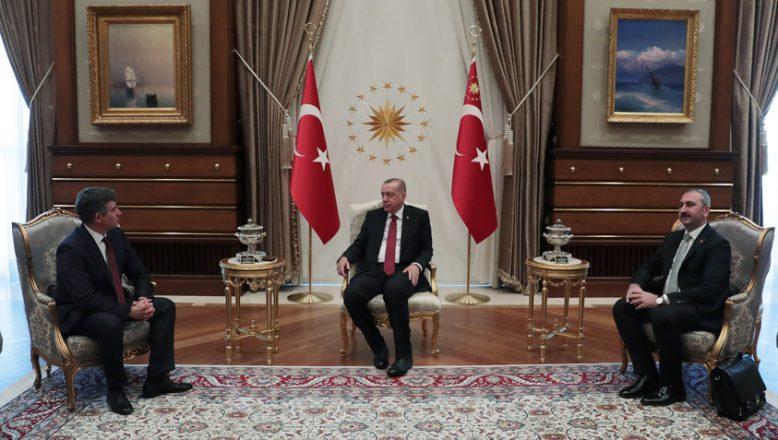 Cumhurbaşkanı Erdoğan, Türkiye Barolar Birliği (TBB) Başkanı Feyzioğlu ile görüştü