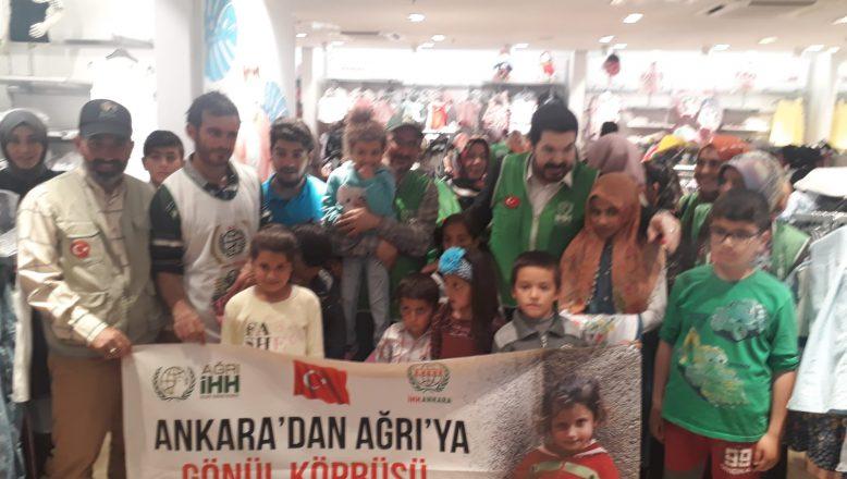 Başkan Sayan, İHH ile birlikte çocukları sevindirdi