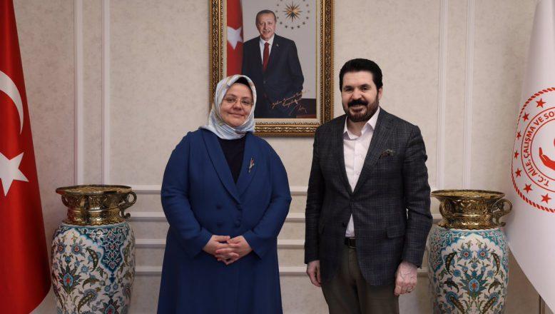 Başkan Sayan'dan, Bakan  Zümrüt Selçuk'a Ziyaret