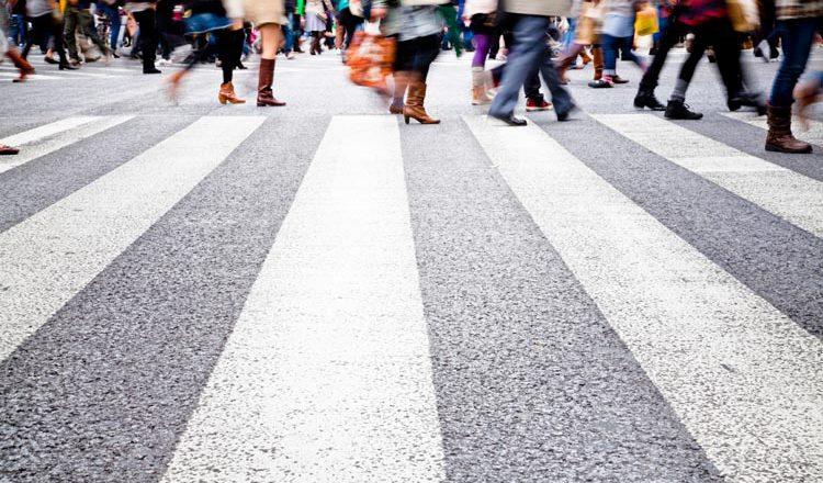 """Doğubayazıt'ta Öğrencilerden Yaya Öncelikli Trafik Uygulamasına """"Üniformalı"""" Destek"""