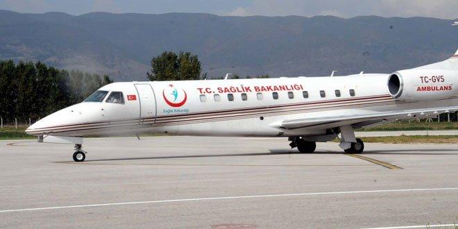 Sağlık Bakanı Koca, Tutaklı Bebek İçin Ağrı'ya Ambulans Uçak Gönderdi