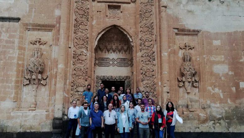 """Aiçü'de Yapılan """"Uluslararası Temel ve Uygulamalı Bilimlerdeki Gelişmeler Konferansı""""Sona Erdi"""