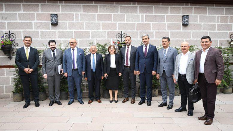 Başkan Sayan, Türkiye Belediyeler Birliği Toplantısına Katıldı