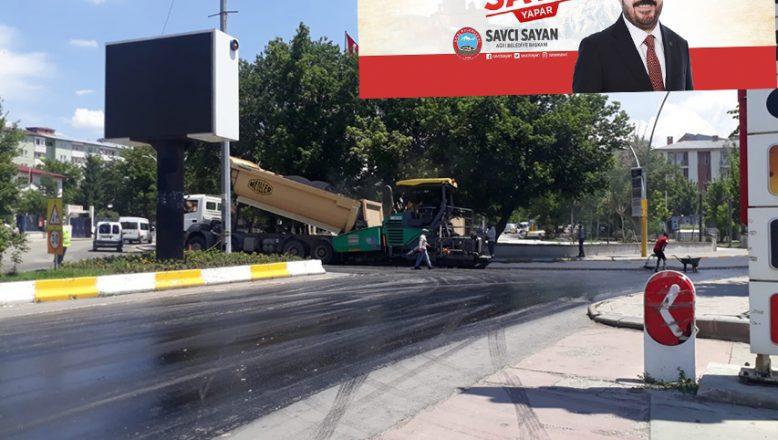 Ağrı Belediye Başkanı Sayan, Asfalt Çalışmalarına Start Verdi!