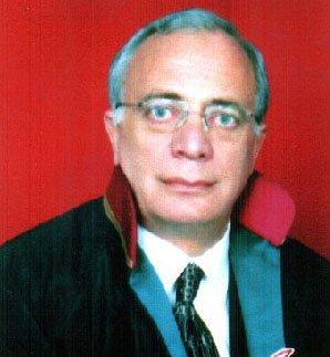 Ağrı Bir Değerini Kaybetti, Avukat Nihat Sunay Vefat Etti