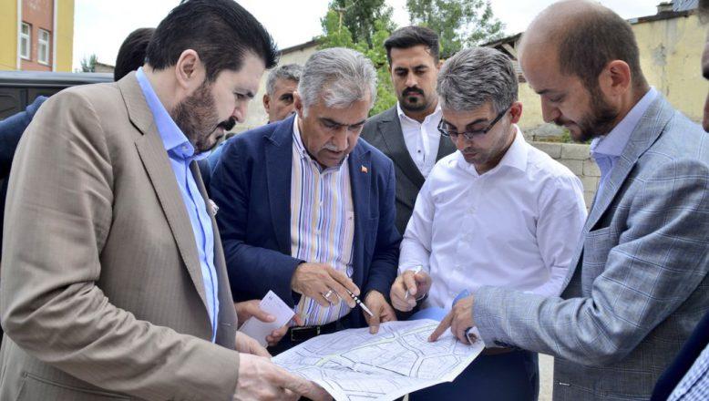 Başkan Sayan'a, Genel Sekreter Aynalı'dan Ziyaret, Bahçelievler'de Çalışmalar Başlıyor