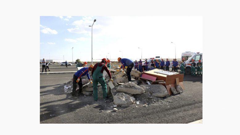 Ağrı'da Deprem Tatbikatı Gerçeği Aratmadı