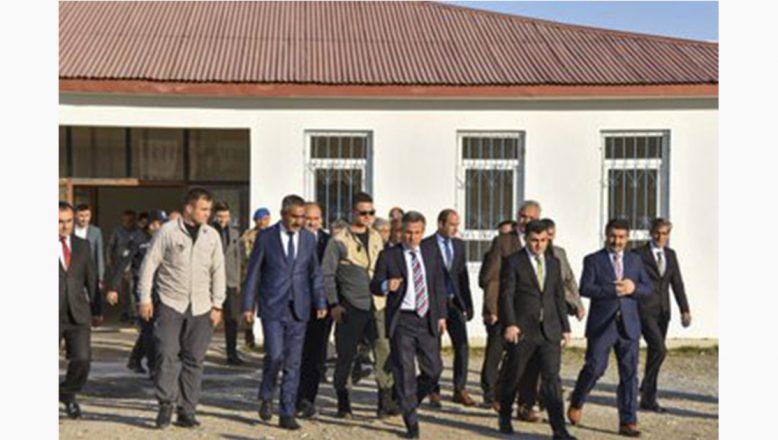 Ağrı Valisi Süleyman Elban'dan Eleşkirt'te Ziyaret