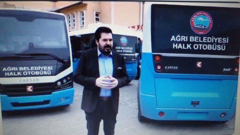 Ağrı Belediye Başkanı Savcı Sayan:Yeni Halk Otobüslerini Halka Tanıttı
