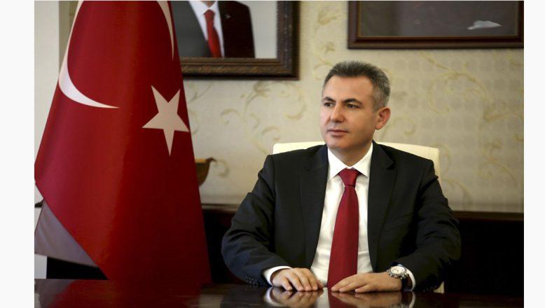 Ağrı Valisi Elban'ın 29 Ekim Cumhuriyet Bayramı Kutlama Mesajı