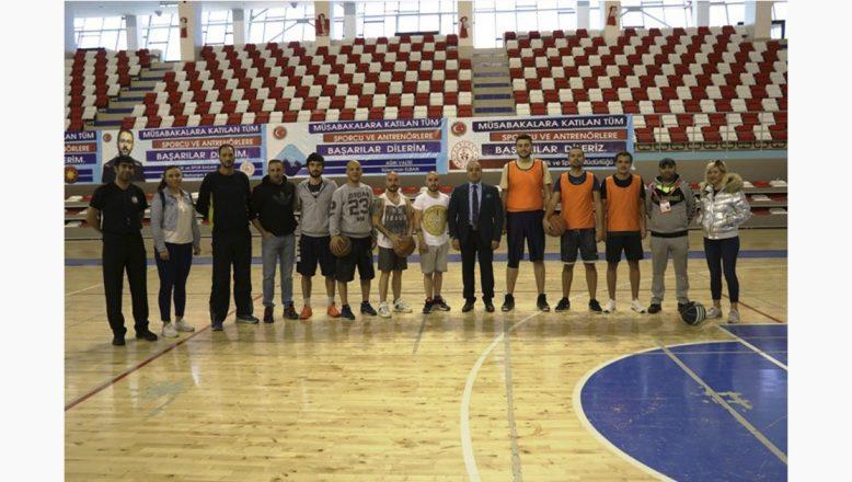 Cemil Budak'tan Türkiye Öğretmenler Kupası Turnuvasına Ziyaret