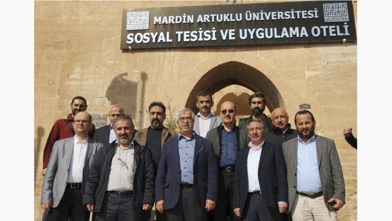 """İÇÜ Rektörü Prof. Dr. Karabulut: """"Üniversite-Sanayi İşbirliği Kalkınmayı Etkileyecek"""""""