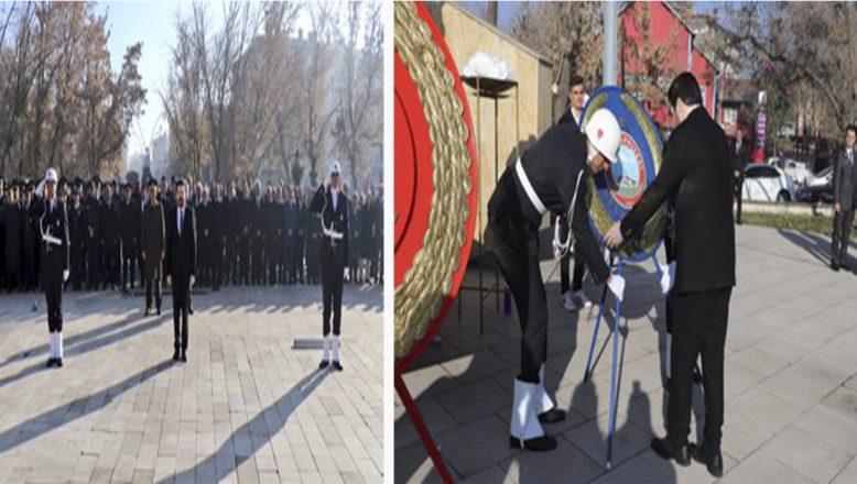 Ağrı Ağrı'da 10 Kasım Nedeniyle Atatürk'ü Anma Töreni Düzenlendi