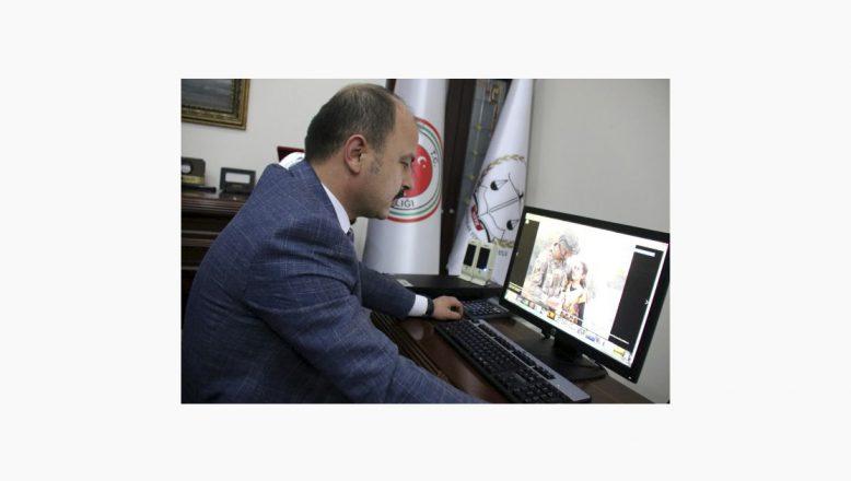 """Ağrı Cumhuriyet Başsavcısı Turgut""""Yılın Fotoğrafları"""" Oylamasında Fotoğraf Seçti"""