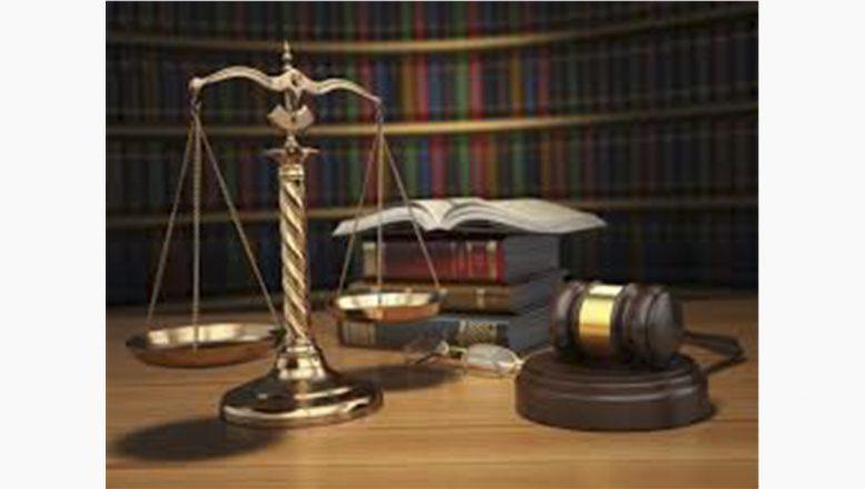 """Avukatlara """"Kişilerin Huzur ve Sükununu Bozma"""" Davası"""