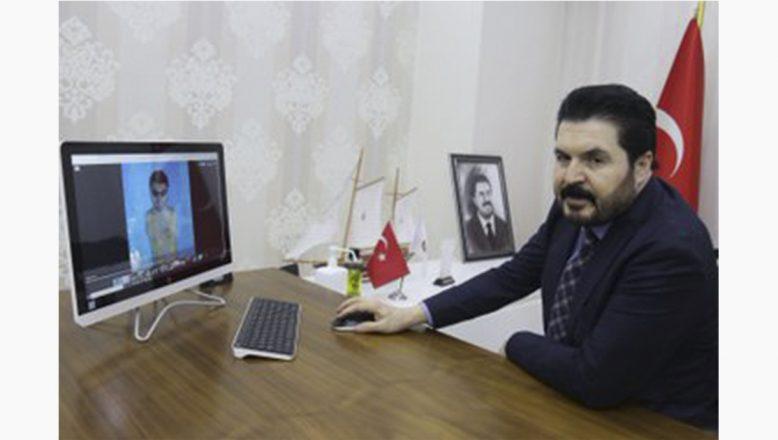 """Ağrı Belediye Başkanı Sayan'ın """"Yılın Fotoğrafları"""" oylamasında """" tercihi """"Huzur Yaylası"""""""