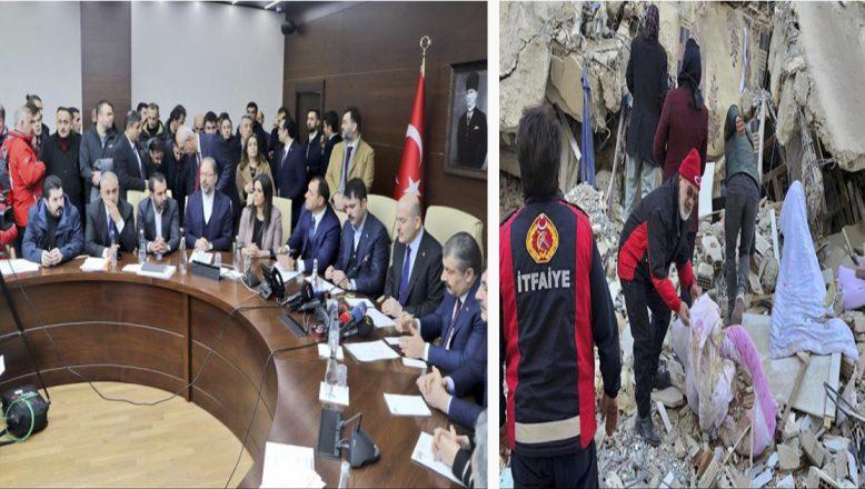 Ağrı Belediye Başkanı Savcı Sayan, Arama Kurtarma Ekibiyle Birlikte Elazığ'da