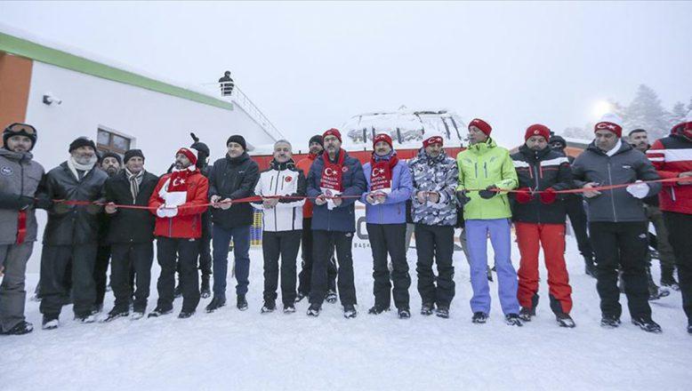 Bakan Kasapoğlu:Cıbıltepe Kayak Merkezi'ne yapılan telesiyejin açılışı gerçekleştirdi