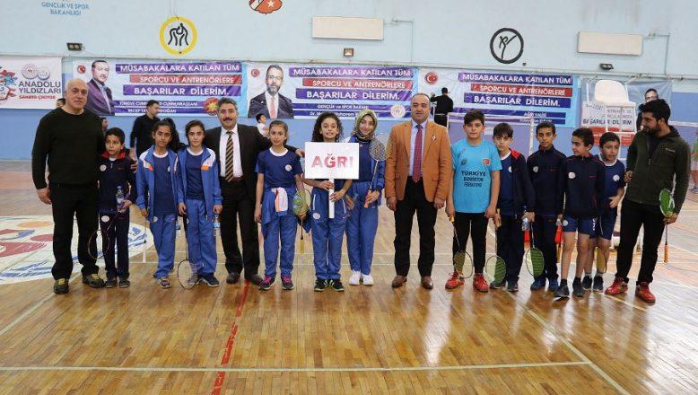Ağrı'da Anadolu Yıldızlar Ligi (ANALİG) Badminton Grup Müsabakaları Başladı