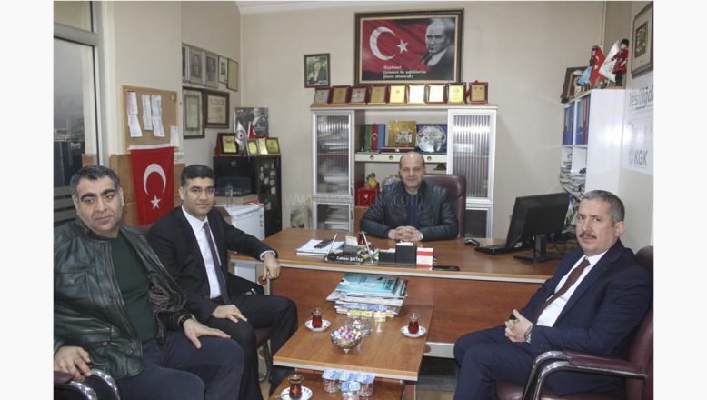 Ak Parti İl Koordinatörü Gürcan ve İl Başkanı Ayaz'dan, KGK Iğdır İl Temsilcisi Şıktaş'a Nezaket Ziyareti