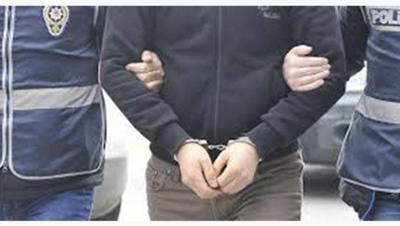 Ağrı DİSK Şube Başkanı ve 2 Yönetici Tutuklandı
