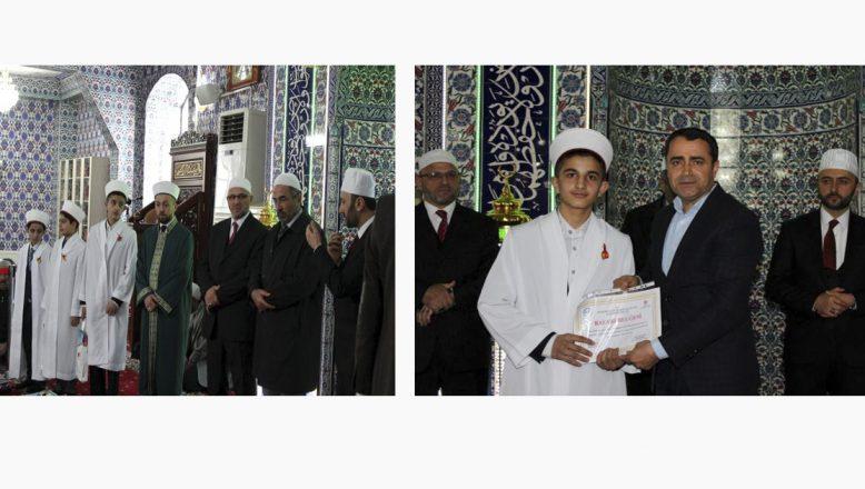 Ağrı, Doğubayazıt'ta hafızlık icazet ve Kur'an-ı Kerim ziyafeti programı düzenlendi