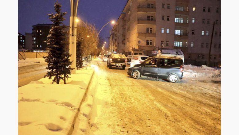 Ağrı'da güvenlik nedeniyle trafiğe kapatılan yollar, yeniden huzura açıldı