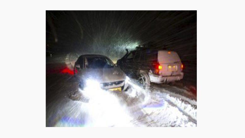 Yoğun Kar Yağışında Kapanan Ağrı – Iğdır Kara Yolu Ulaşıma Açıldı