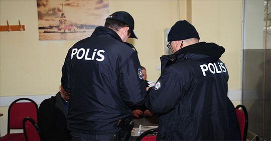81 ilde yasa dışı bahis, sahte içki ve kumar uygulamasında aranan 1127 kişi yakalandı