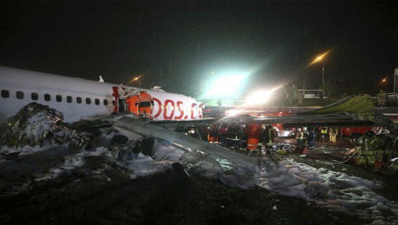 Sabiha Gökçen'de Uçak Pistten Çıktı 1 Kişi Hayatını Kaybetti