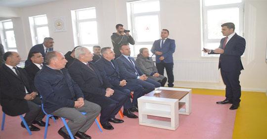 Eleşkirt Kaymakamı SARI Metruk Binayı Bireysel Sporlar Merkezine Çevirdi