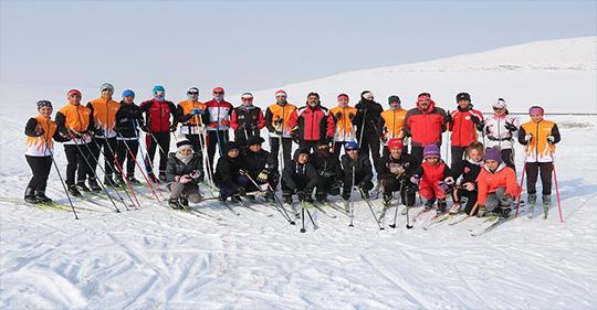Ağrı'lı Kayakçılar Erzurum'dan 10 Madalya ile Döndü